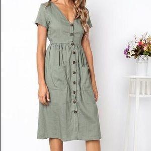 Dresses & Skirts - V Neck Button Dress